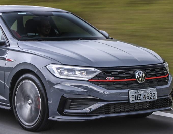 Conheça o Volkswagen Jetta, o sedan mais rápido do Brasil | Super Carros