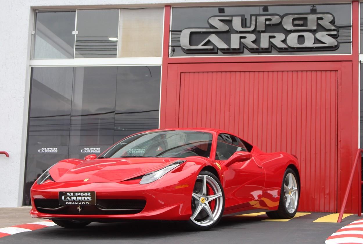 Ferrari 458 Itália: a versão futurista de um clássico | Super Carros