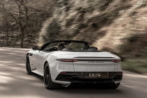 Próximo filme de James Bond terá quatro carros da Aston Martin | Super Carros